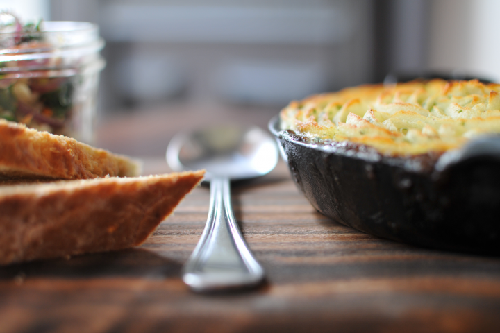 sheperds pie in cast iron skillet